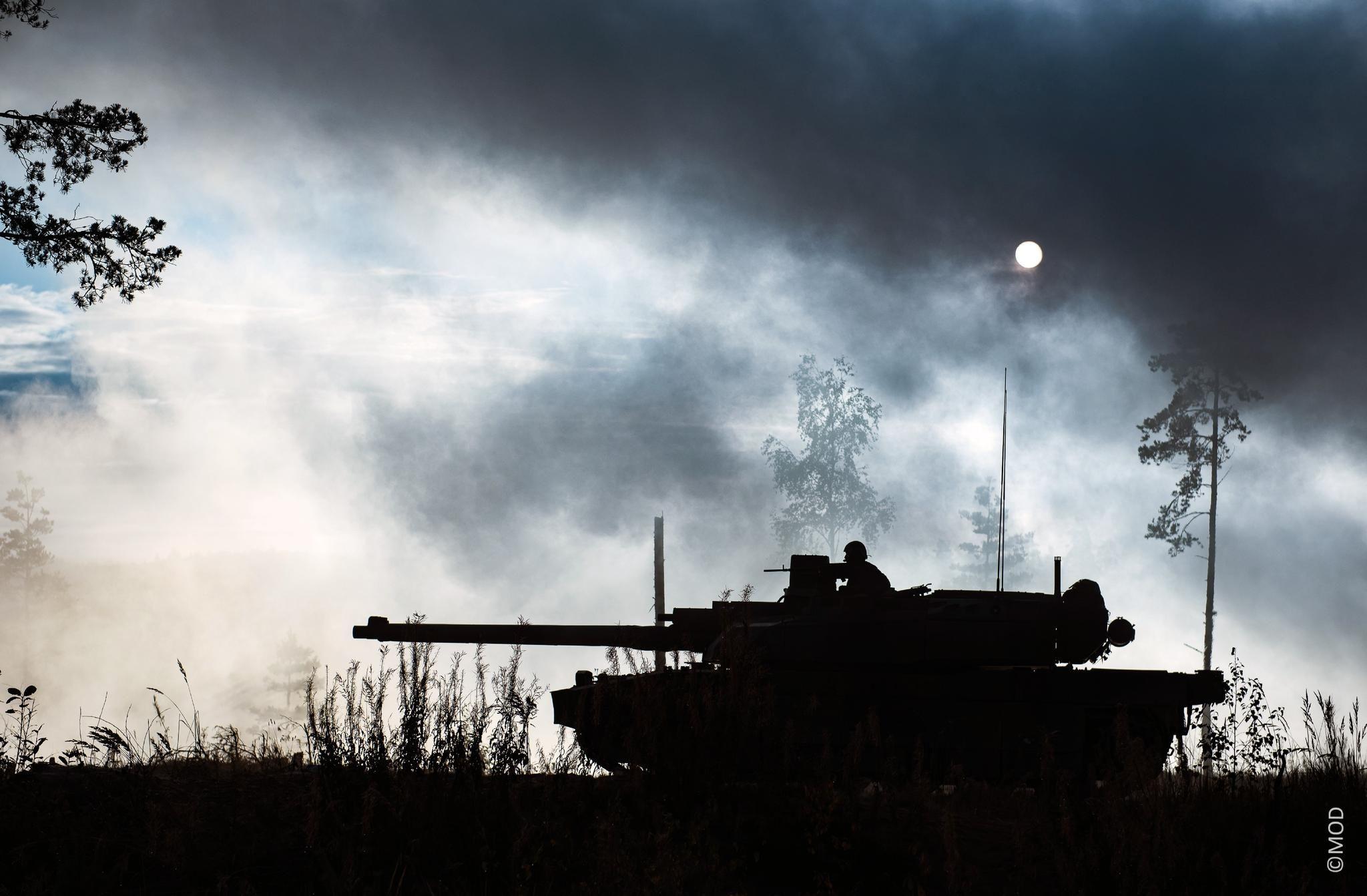 3CDSE tank night