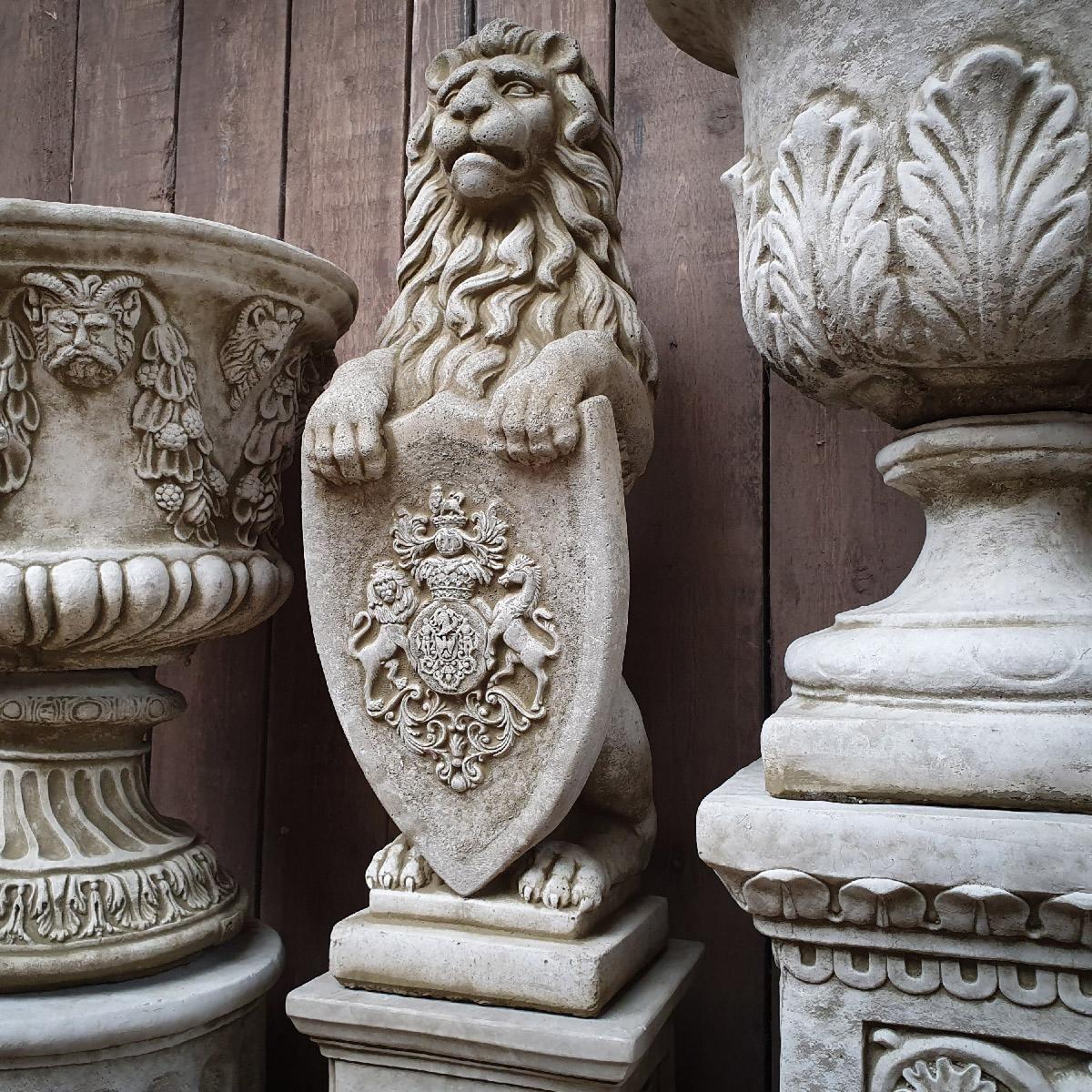 Sparta Statues