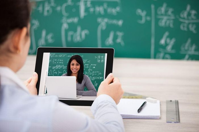 How To Get The Best From Online Teaching: 12 Practical Tips For Teachers