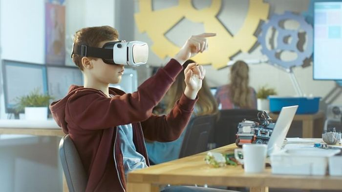 VR in the Classroom: A Foundation in Educational Pedagogy