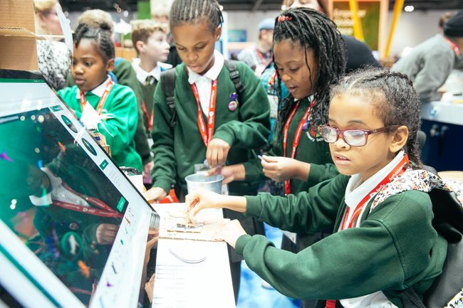 Rethink digitisation – Realising the school of tomorrow today