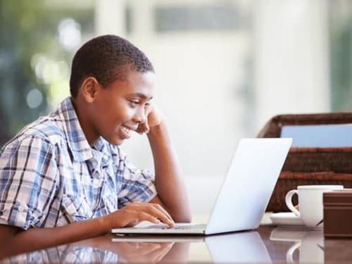 O Ensino Híbrido como possibilidade no retorno às aulas