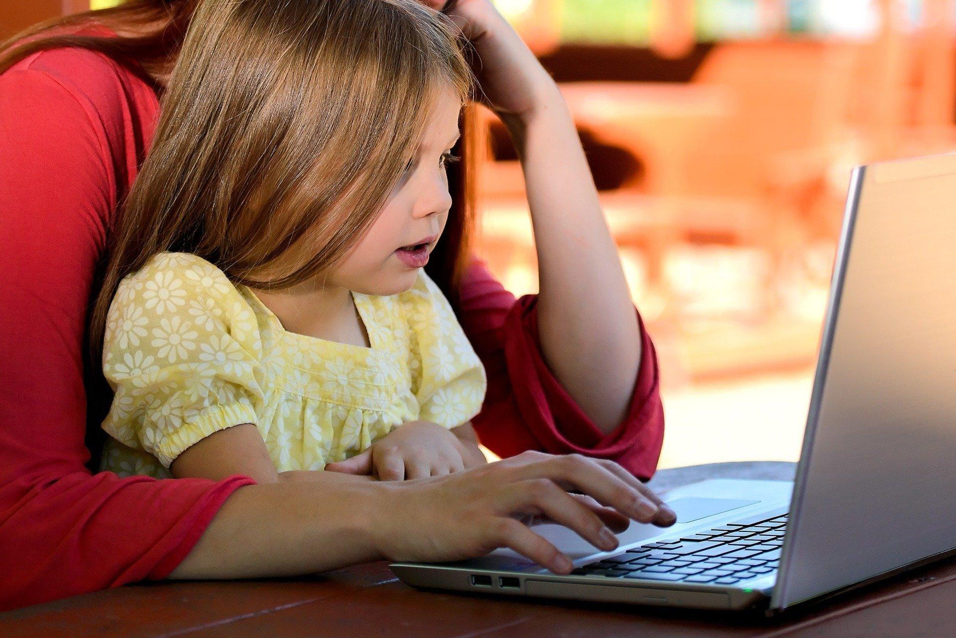 A educação remota como ponto de partida para um projeto de transformação educacional