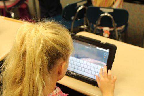Currículo, Protagonismo e Tecnologias Digitais