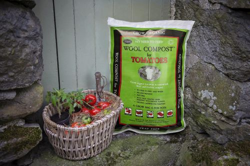 New for 2019  'No need to feed!'   Wool Compost for Tomatoes