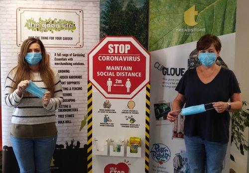 TREADSTONE GIVES AWAY THOUSANDS OF FACE MASKS TO SUPPORT ITS CUSTOMERS.