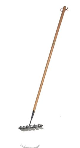 NEW RHS-ENDORSED LAWN SCARIFYING RAKE FROM BURGON & BALL LAUNCHES AT GLEE