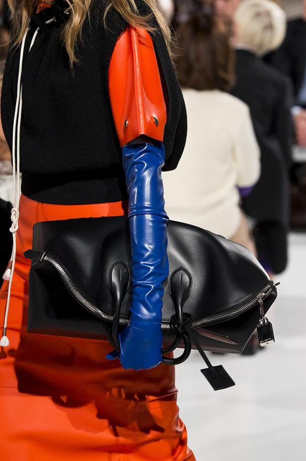 Spring/Summer 2018 Accessories by Collezioni