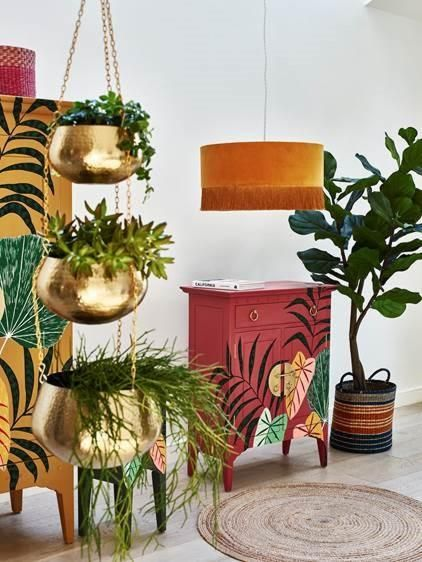 Foliage Cupboard 2