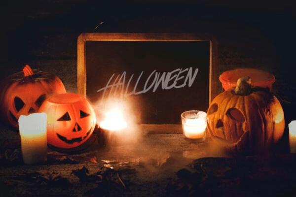 4 Ways Retailers Can Take Advantage of Halloween
