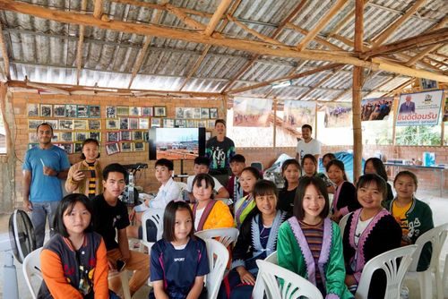 Hmong cyber education