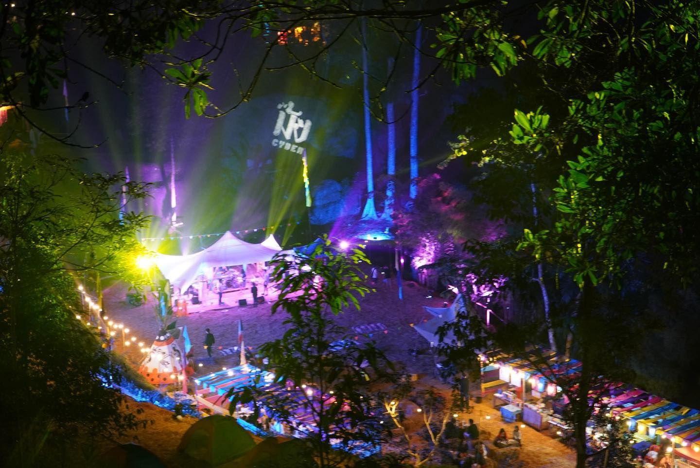 Hmong cyber Music festival