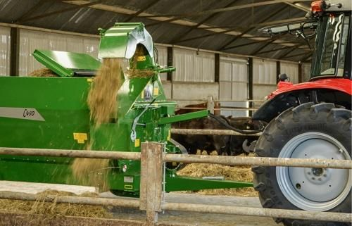 McHale Silage Feeder & Straw Blower Range