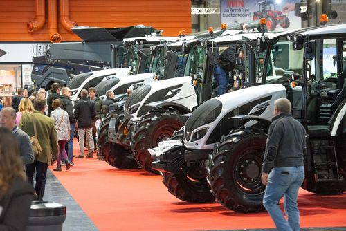 New tractors, combines and loaders ready to launch at LAMMA