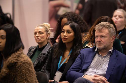 Seminar Audience Observing