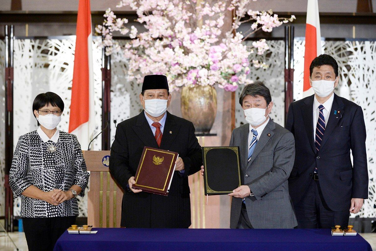 Japan, Indonesia sign arms transfer pact amid China concerns - Defense News