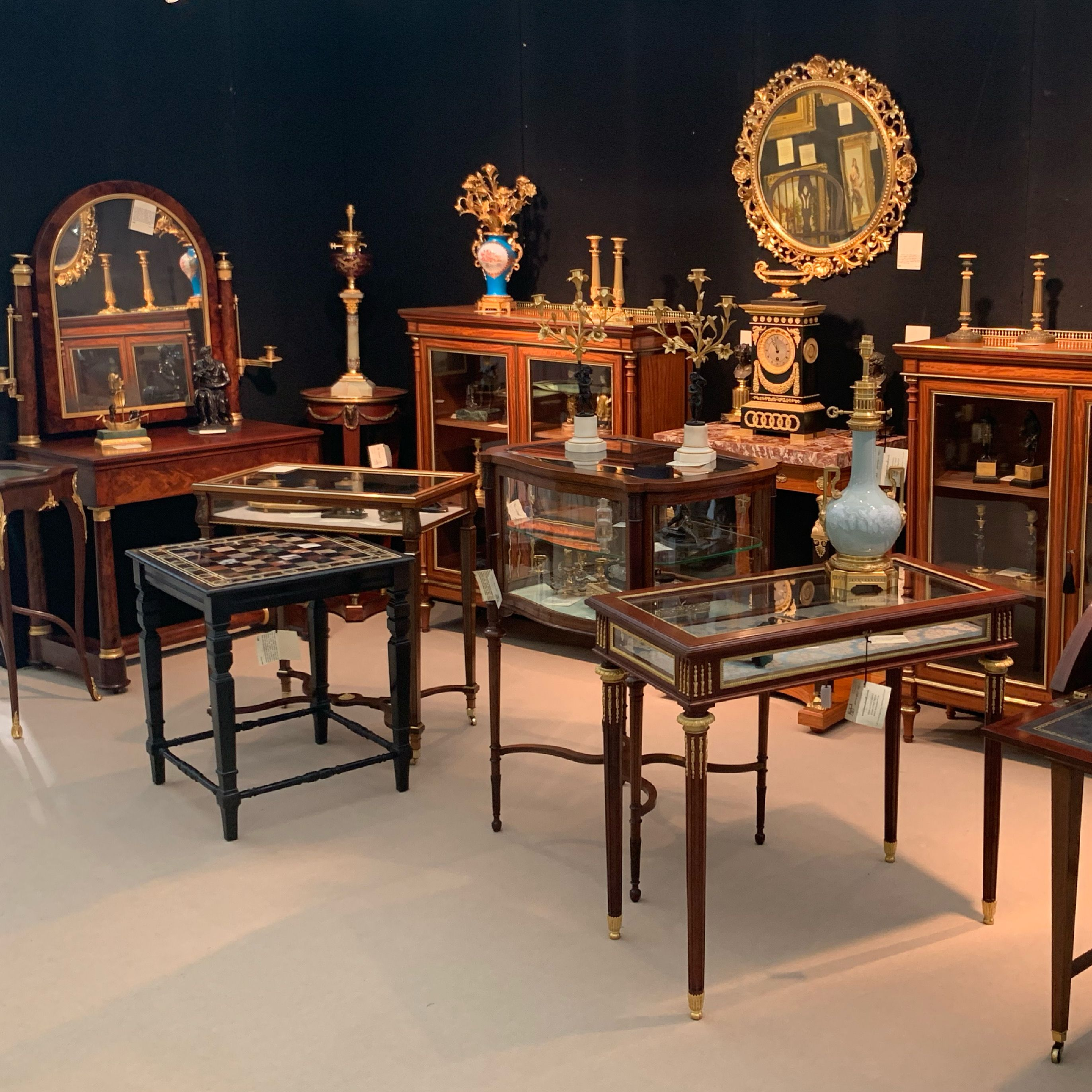 Tim Saltwell Antiques
