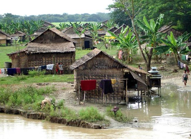 IFC helps Myanmar connect 450,000 rural settlers