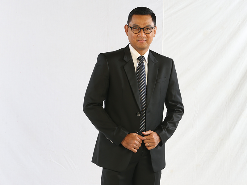 Facilitating Indonesia's Energy Sector Growth: Exclusive Interview with PLN's VP Director Darmawan Prasodjo