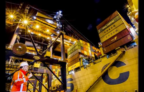 Blockchain-powered microgrid pilots renewables trading in Port of Rotterdam