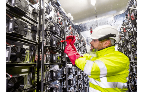 Rolls-Royce expands Berlin start-up into microgrid centre
