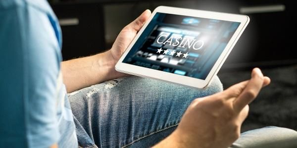 Fundamentos Del Juego Online