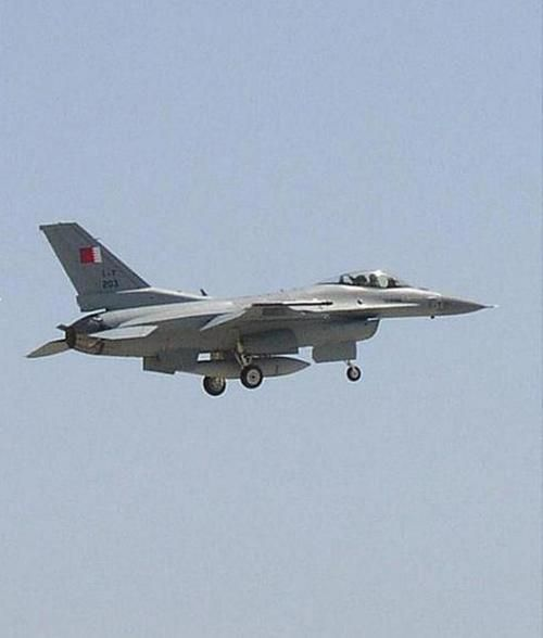 Bahrain Signs $3.8 Billion Deal for 16 Upgraded F-16 Aircraft
