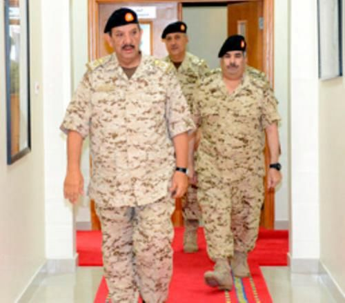 Bahrain's Defense Chief Receives British Naval Commander