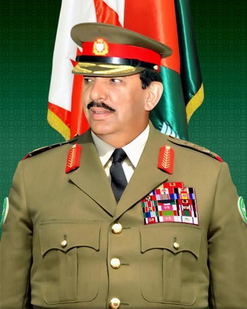 Bahrain Defense Chief Receives Royal Guard Commander