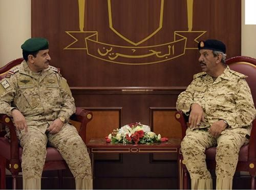 Bahrain's Defense Chief Receives GCC Military Commander