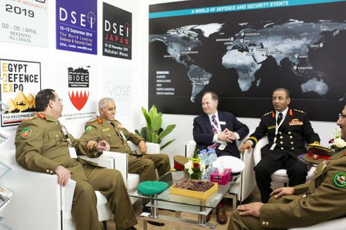 Bahrain Chief of Staff visits the BIDEC stand at IDEX