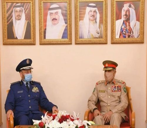 Bahrain's Chief-of-Staff Receives Saudi, Jordanian Counterparts