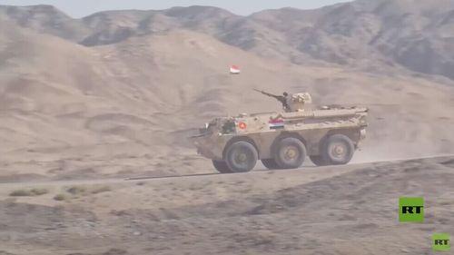 قوات مصرية توجه ضربات صاروخية دقيقة في الصين ضمن الجيش 2021