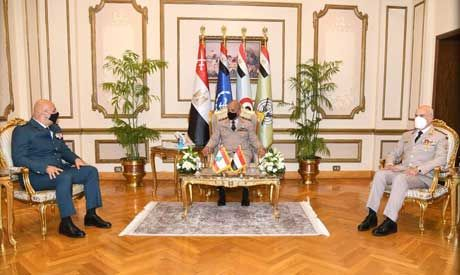Egypt's defence minister, chief-of-staff meet Lebanese army commander
