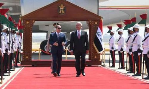Sisi makes historic visit to Iraq, promises full cooperation