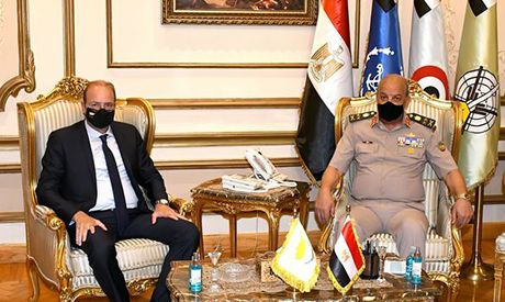 Egyptian, Cypriot defence ministers meet in Egypt, discuss regional and international developments