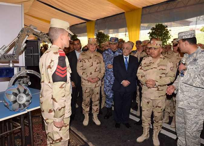 Defense Minister attends opening session of 9th conference of Technical College with 22 countries