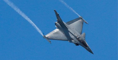 Egypt bumps up its Rafale fleet by 30 new planes (Defense News)