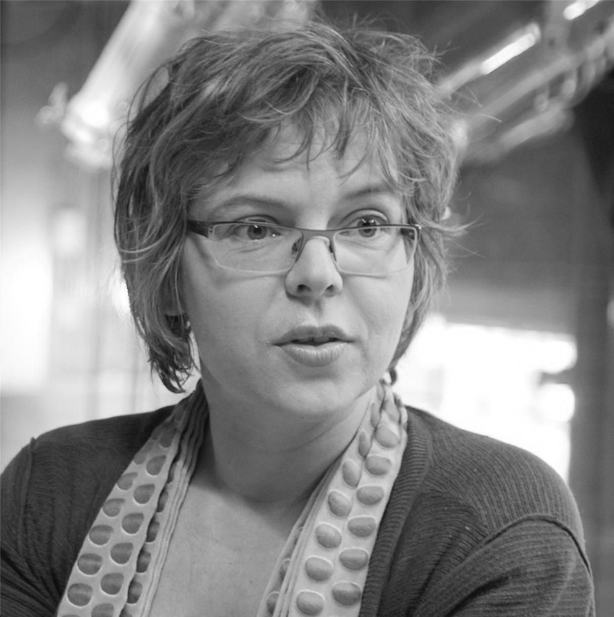 Patricia Van Der Akker