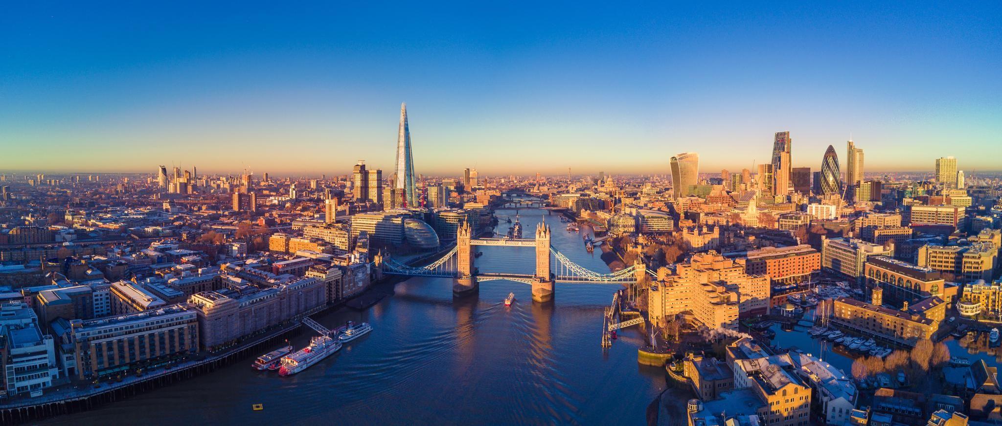 Enjoy panoramic views of London