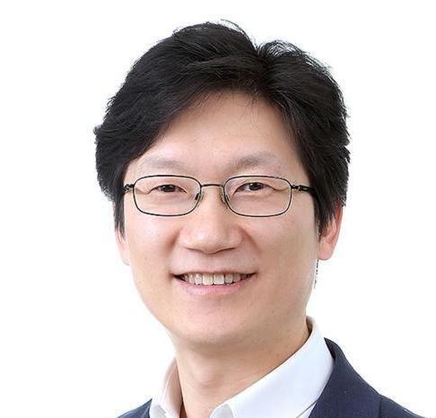 Sonny Lee