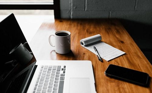 So holen Sie das Beste aus der Online-Weiterbildung heraus: 5 einfache Schritte, um konzentriert zu bleiben