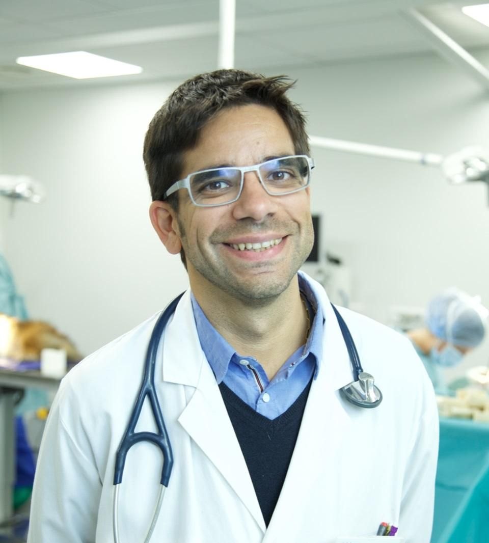 Interview - Dr Cyril PONCET