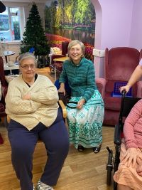 Daily Chores help friends reduce anxiety and dementia challenges at Diagrama's Edensor Care Centre