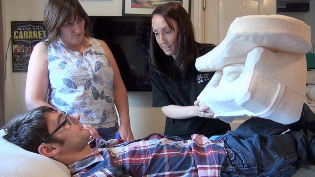 JACK FINALLY GETS A GOOD NIGHT'S SLEEP THANKS TO THE THERAPEUTIC POSITONING SYSTEM FROM SIMPLE STUFF WORKS