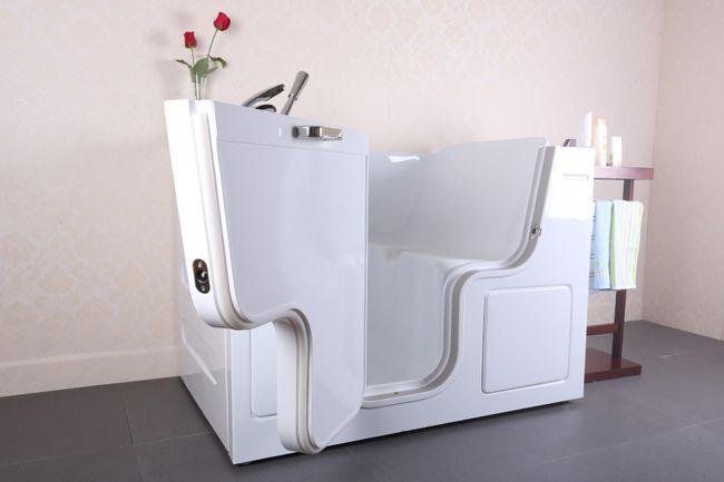 The Oakham range of wheelchair access bath