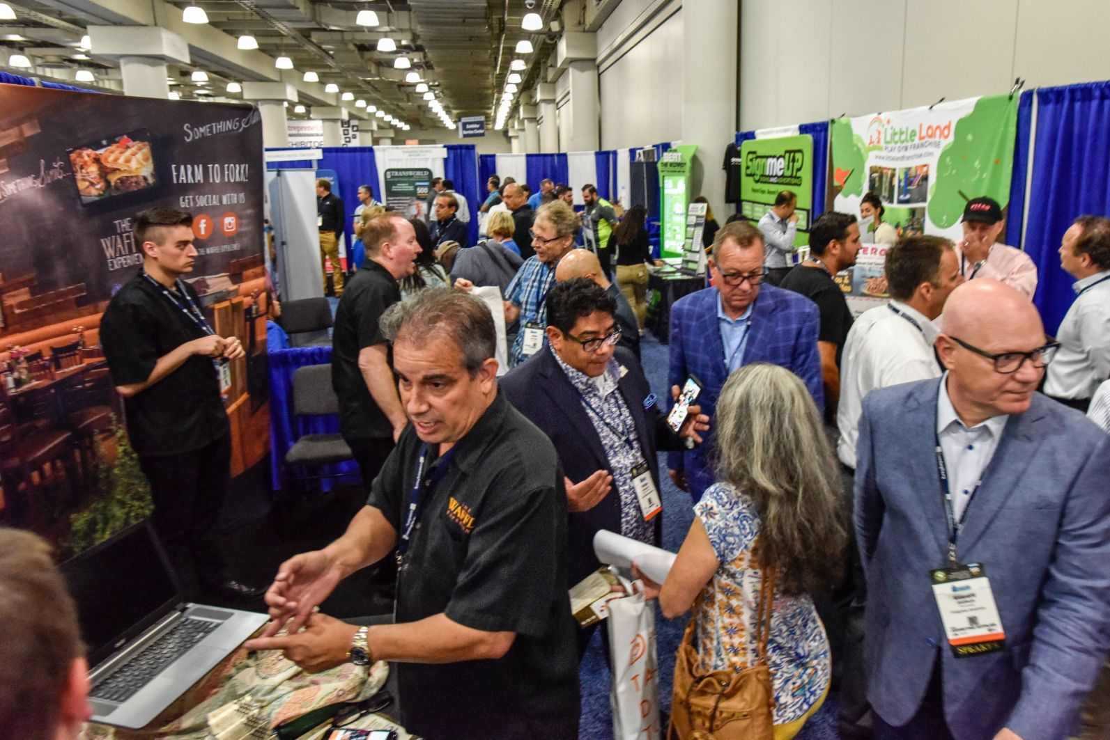 Busy aisle at Franchise Expo