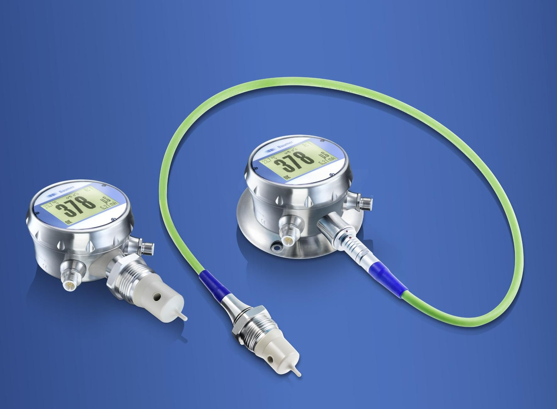 Save water, cleaning agents, and costs – the high-speed CombiLyz conductivity sensor from Baumer