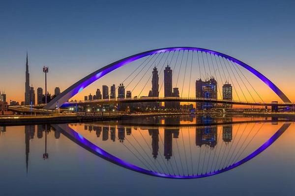 Explore the Dubai Water Canal Peninsula