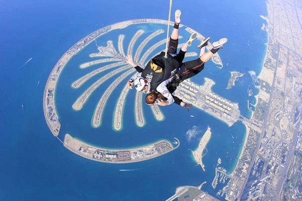 Seek Thrills At Skydive Dubai